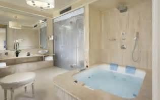 pool in bathroom suite firenze hotel brunelleschi