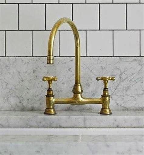 Brass Faucets Kitchen by Best 25 Brass Faucet Ideas On Pinterest Gold Kitchen
