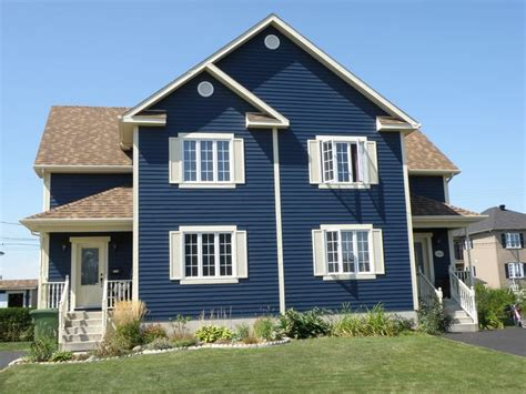 blue house siding pacific blue colour steelside steel siding siding steelside siding pinterest
