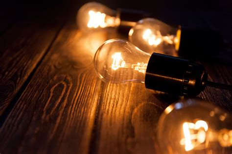 incandescent light bulbs are now being phased out earth com