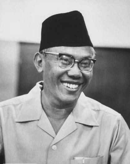 Surat Surat Dari Sumatra 1928 1949 By J J De Velde peristiwa sejarah