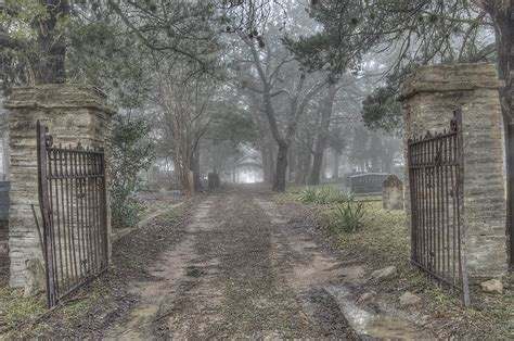 Cemetery Search Cemetery Gates Www Pixshark Images Galleries With A Bite