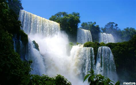 famous waterfalls in the world the best must see waterfalls in the world meets com