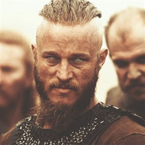 travis fimmel hair vikings travis fimmel gustaf skarsgard vikings if i had a