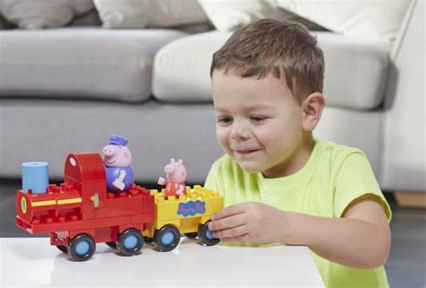 can you house train a pig build your own peppa pig story with these new construction sets