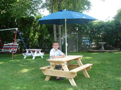 picnic bench with umbrella kids picnic table umbrella home design ideas and pictures