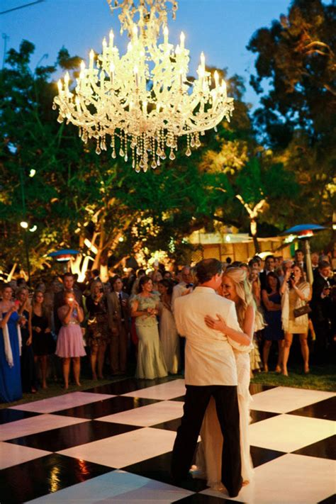 Outdoor Chandeliers For Weddings Chandeliers And Outdoor Weddings The Magazine