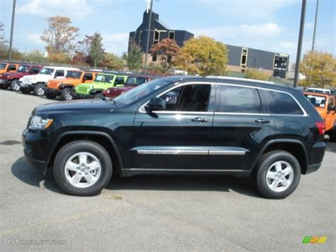green jeep cherokee 2012 black forest green pearl jeep grand cherokee laredo