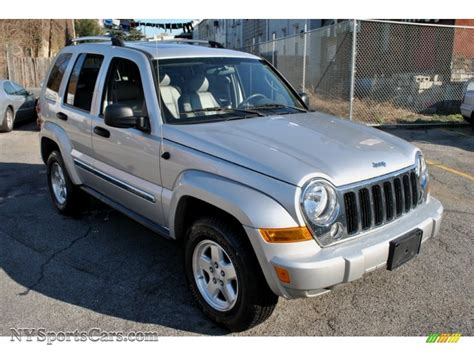 silver jeep liberty 2005 jeep liberty crd limited 4x4 in bright silver