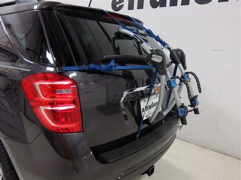 Bike Rack For Chevy Equinox by Chevrolet Equinox Thule Archway Xt 2 Bike Rack Trunk Mount Adjustable Arms