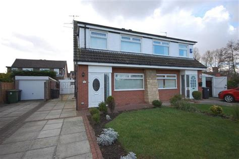 3 bedroom houses for rent in southport 3 bedroom detached house to rent in baytree close southport pr9