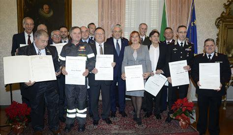 posta certificata ministero interno consegna di onorificenze alla prefettura di ancona