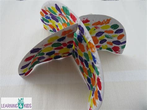 Crafts Using Paper Plates - paper plate umbrella craft learning 4