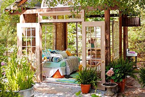 Top 5 Unique Outdoor Living Spaces
