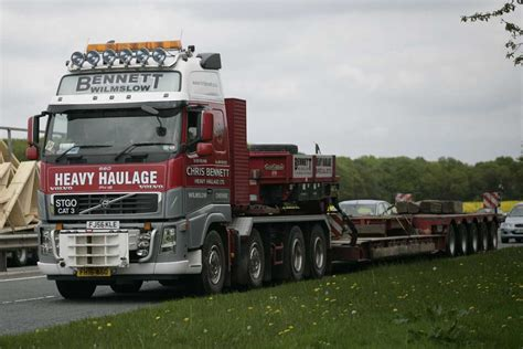 volvo heavy haulage trucks for sale file chris bennett heavy haulage 2006 volvo fh16 truck