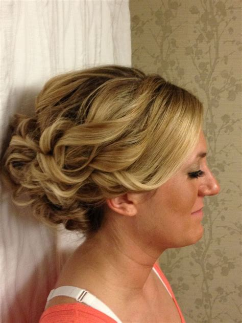 bridal hairstyles thick hair best 25 thick hair updo ideas on pinterest hair updos