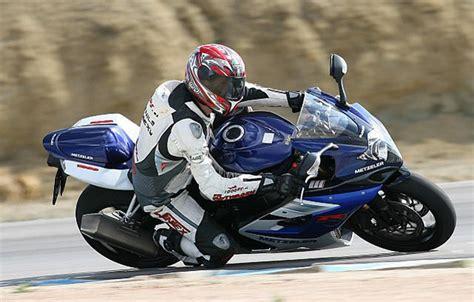 Triumph Motorrad Gewinnspiel by Metzeler Gewinnspiel Motorrad News
