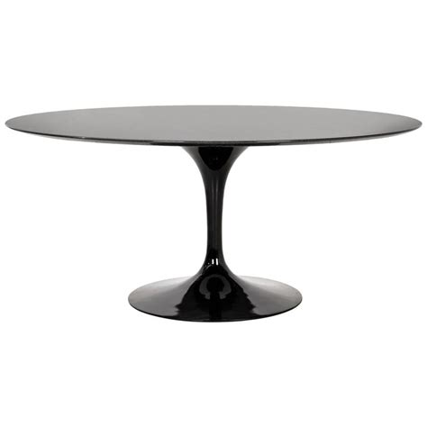 eero saarinen circular dining table at 1stdibs