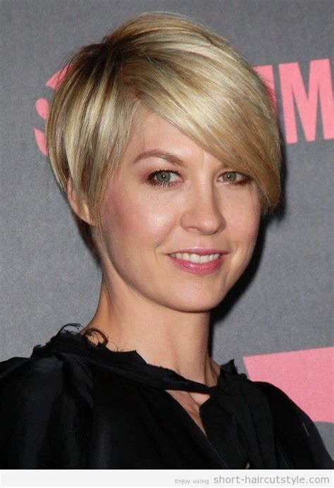 jenna elfman undercut back view wedge haircuts front and back views wedge haircut back