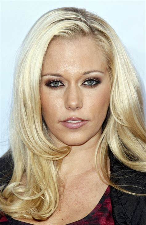 kendra wilkinson house kendra wilkinson s haunted house