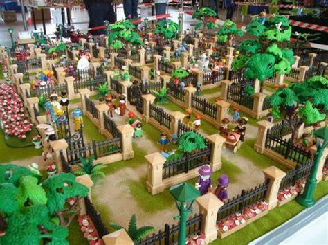 Playmobil Palm Gardens by Play Brand