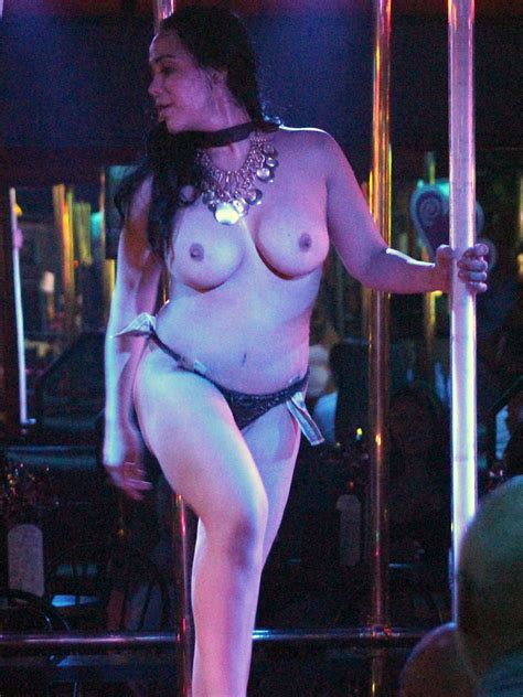 Octomom Nadya Suleman Topless Striptease Photos From Strip Club In Miami Hot Photos Gallery