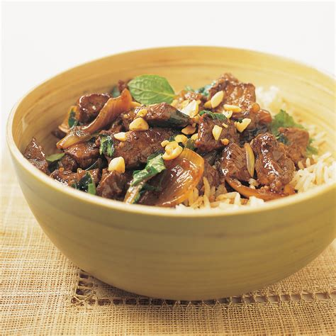 America S Test Kitchen Beef Stir Fry by Stir Fried Thai Style Beef With Chiles And Shallots Recipe