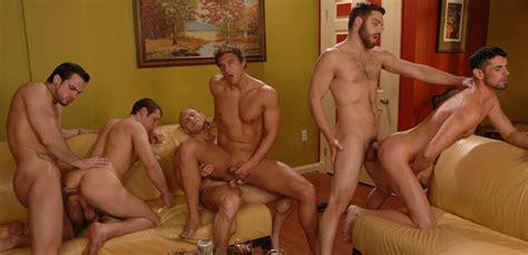 Showing Porn Images For Spencer Reed Fucks Tommy Defendi Porn Nopeporn Com