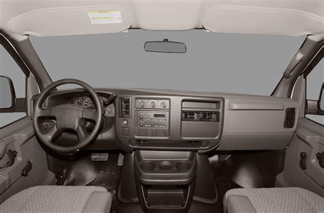 how things work cars 1992 chevrolet 3500 interior lighting 2011 chevrolet express 3500 price photos reviews features