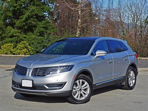 Comparison Lincoln Mkx 2016 Vs Jeep Patriot 2015