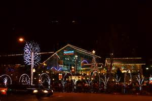 lights in tennessee 4 best ways to see the gatlinburg tn lights