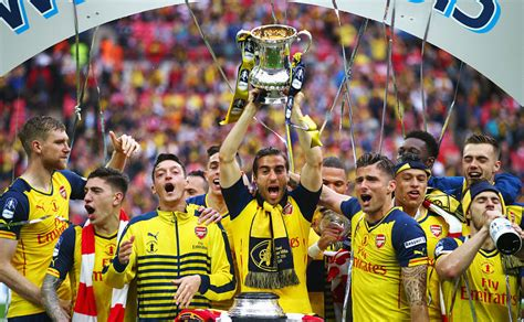 arsenal trophy print photos wembley dazzles celebrations galore as