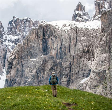 romantic hiking tour dolomites hiking dolomite mountains dolomites alta via 2 dolomites hiking dolomite mountains
