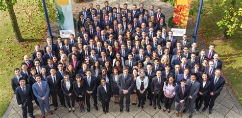 Cambridge Mba Courses by Cambridge Mba Class Of 2014 15 Begin Programme Cjbs Insight