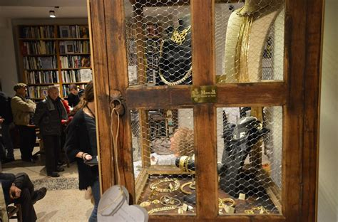 libreria fotografica galleria fotografica attuale libreria serra tarantola e