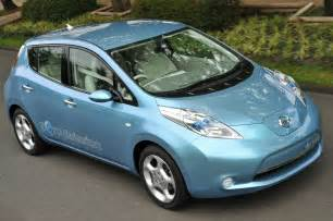 Electric Car Leaf Nissan Unveils Leaf Electric Car Carfab