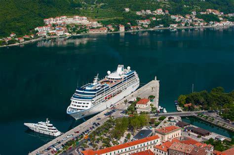 kotor cruise port yen baet photography montenegro kotor cruise ship