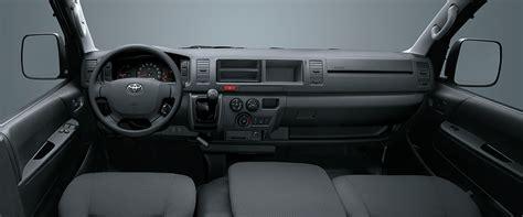 Interior Toyota Hiace by Nội Thất Toyota Hiace