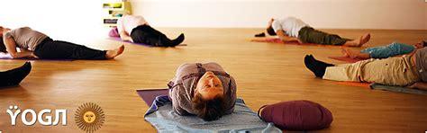 imagenes yoga niños panta chorei home