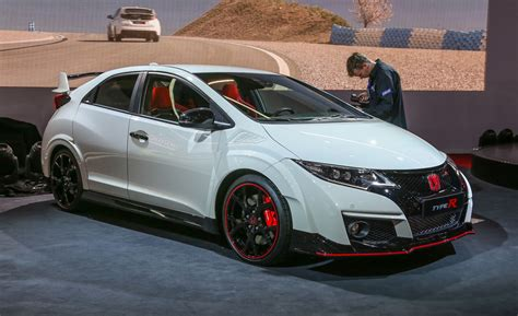 car honda civic backgrrounds 2016 honda civic type r photos and info news car and