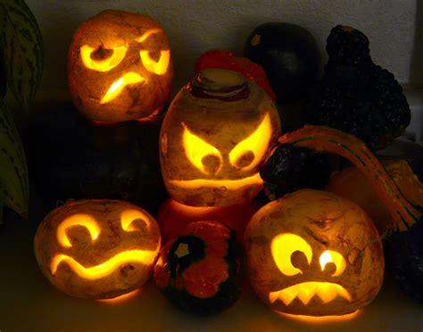 carve  turnip  lantern
