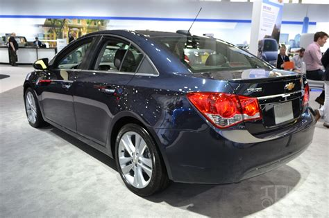 2015 chevrolet cruze at 2014 new york auto show 2015 chevrolet cruze at 2014 new york auto show rear