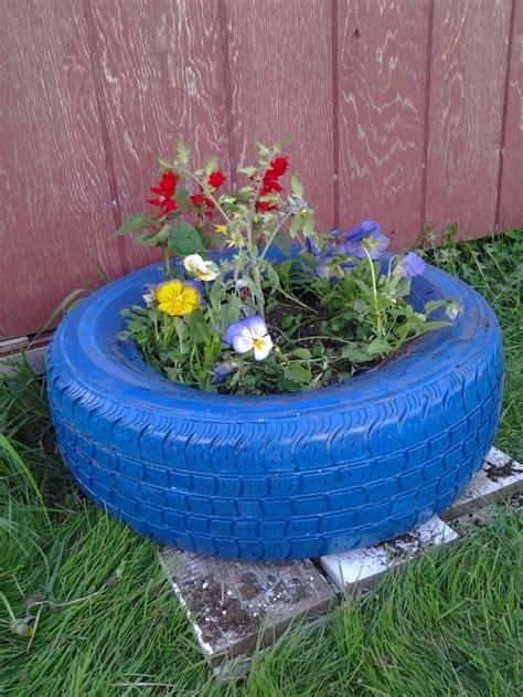 Gartendeko Blau by Gartendeko Selber Machen Verwenden Sie Alte Autoreifen