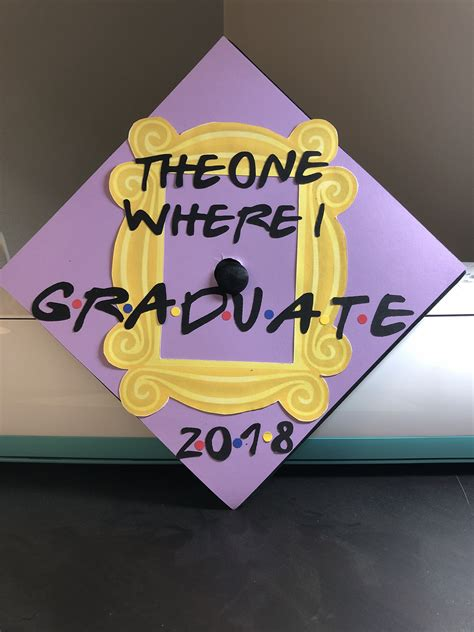 Nursing School Gifts For Friends - class of 2018 friends inspired graduation cap grad cap