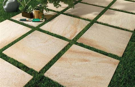 piastrelle per giardini piastrelle da giardino rivestimenti come scegliere le