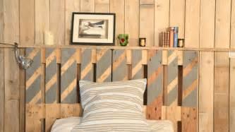 fabriquer une tete de lit en bois et tissu mzaol