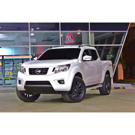 nissan navara customised 31 best nissan frontier images on pinterest