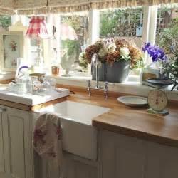 best 25 cottage kitchens ideas on