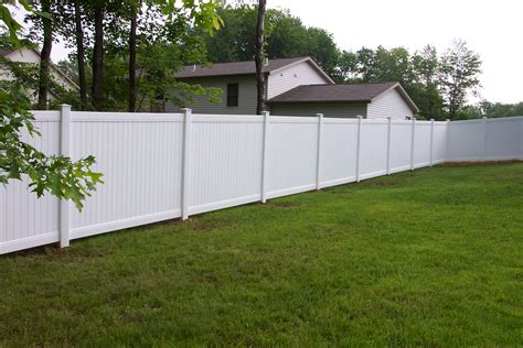 backyard vinyl fence residential vinyl fencing countryside fence co
