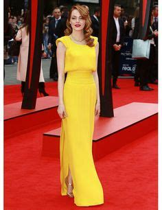 emma stone yellow versace yellow dress blue shoes fashion icons pinterest